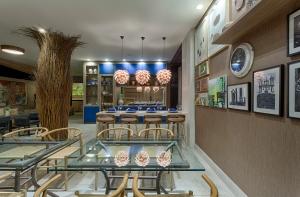 Restaurante Foto Gustavo Xavier