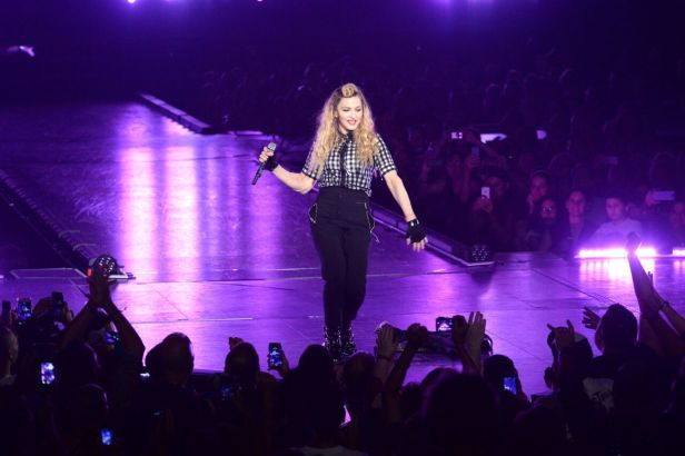 Madonna_Rebel Heart Tour_01