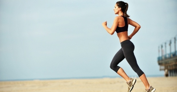 mulher-correndo-treino